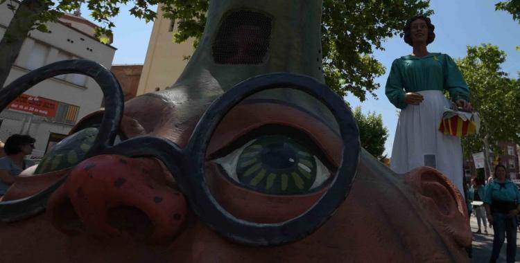 La Ceba dels Gegants de Gràcia voltant per Festa Major | Roger Benet