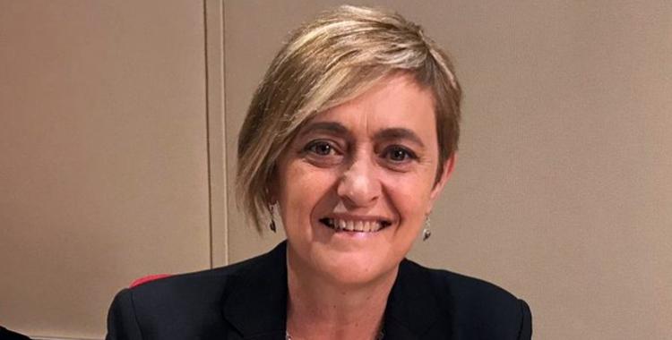 Marisol Martínez als estudis de Ràdio Sabadell