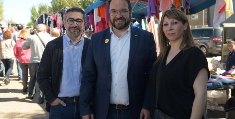 Gabriel Fernández, Juli Fernández i Paqui Maya al mercat de la Zona Hermètica | Roger Benet