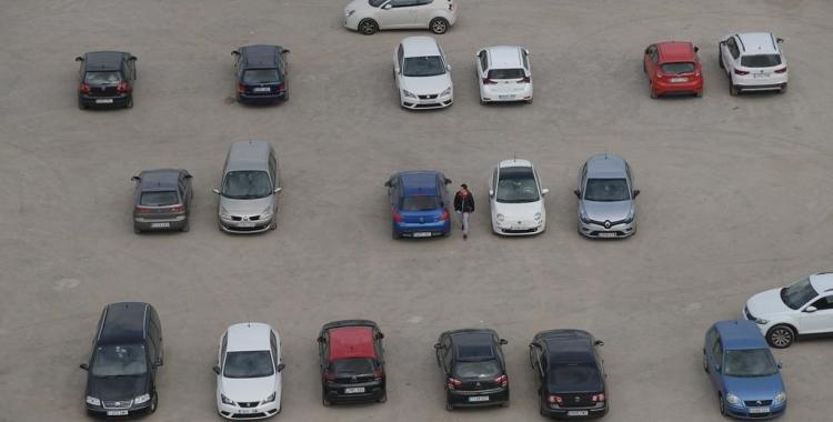 Zona d'aparcament al barri de Can Borgonyó | Roger Benet