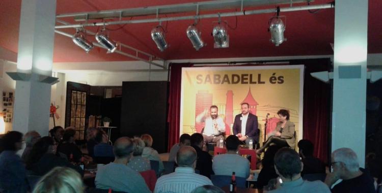 En un acte electoral que ERC ha convocat a l'Espai Àgora, Garcia ha donat suport explícit a l'alcaldable republicà, Juli Fernàndez | Marc Serrano i Òssul