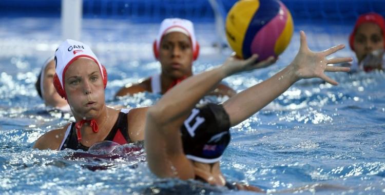 Eggens, en una acció amb la selecció canadenca   Canadian Olympic Committee