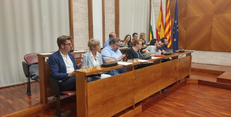La bancada de l'oposició on hi ha Junts per Sabadell | Pere Gallifa