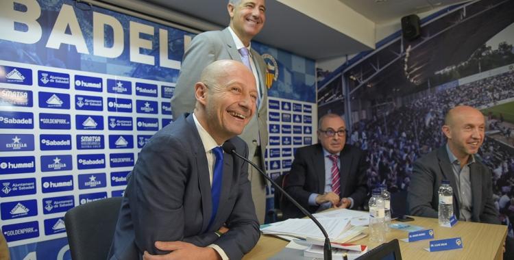 Calzada, somrient, en una de les últimes juntes del club | Roger Benet