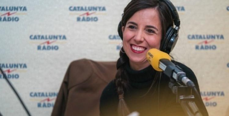 La periodista sabadellenca Laura Rosel als estudis de Catalunya Ràdio   Cedida