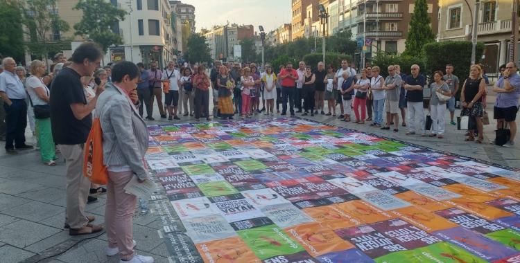 Mosaic durant la concentració convocada avui | Pere Gallifa