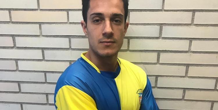 Arnau Guitart defensarà els colors blau i groc aquesta temporada | Sabadell Nord