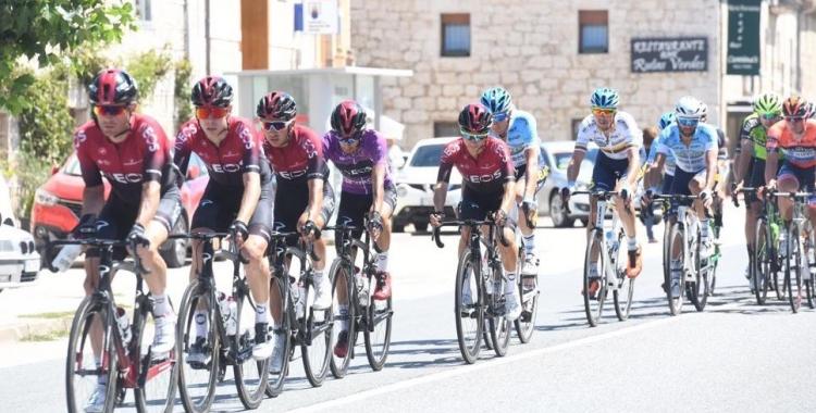 Imatge del Team Ineos a la Vuelta a Burgos amb De la Cruz (segon) a les seves files.   Vuelta a Burgos