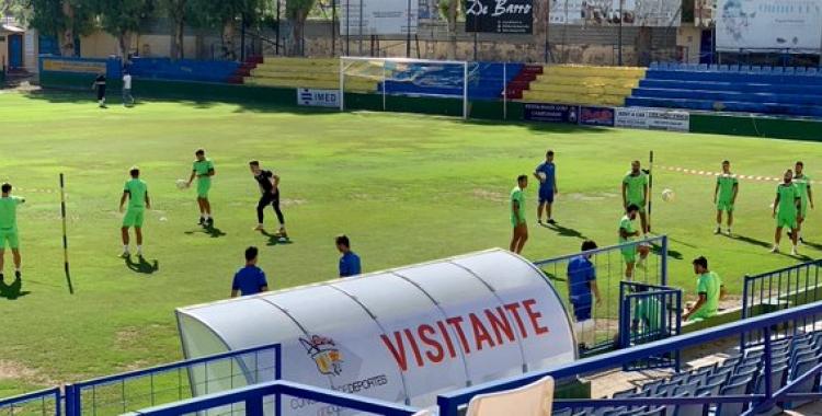 Així s'han entrenat avui els jugadors de l'Orihuela | @Orihuela_CF