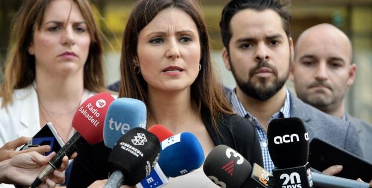Lorena Roldán durant la roda de premsa als Jutjats de Sabadell | Roger Benet
