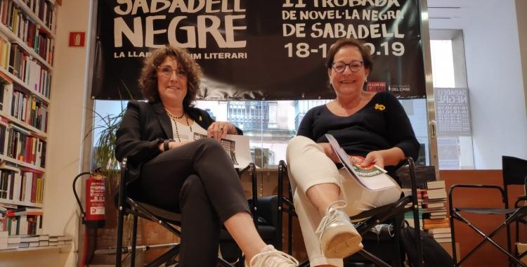 Lídia Urrutia i Rosa Maria Arner, a la presentació de Sabadell Negre | Pau Duran