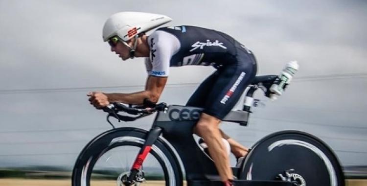 Blanchart, en el segment de bicicleta fa uns mesos a Vitòria | @miquel_blanchart