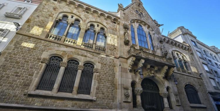 Edifici modernista de la Fundació 1859 Caixa Sabadell | Jaume Barberà