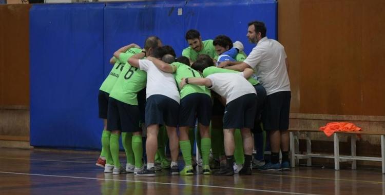 L'Escola Pia ja té a la butxaca la primera victòria de la temporada.   Roger Benet