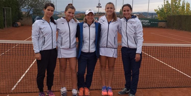 Equip femení del Tennis Sabadell que ha assolit la permanència a Primera | CTS