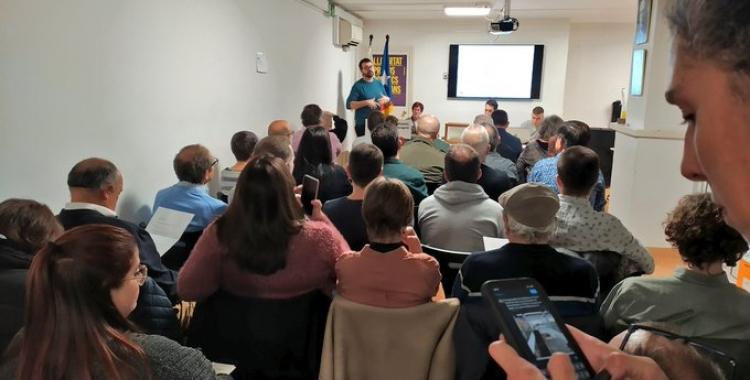 L'assemblea d'ESquerra va revalidar la presidència de Santi Valls   Cedida