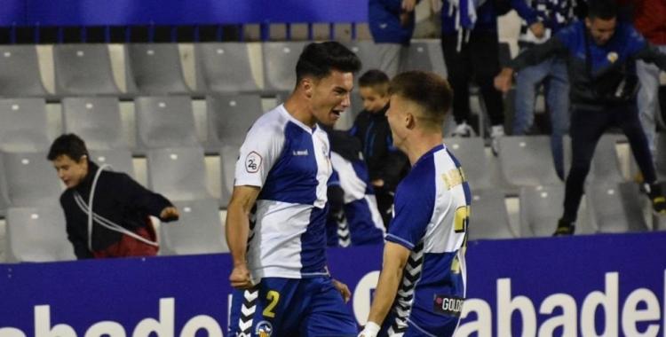 Pascual i Rey celebren el gol de la victòria | Críspulo Díaz