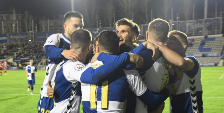 Alegria arlequinada després del primer gol | Críspulo Díaz