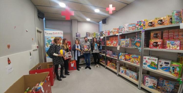 La 'botiga' de la campanya de joguines de Creu Roja Sabadell | Ràdio Sabadell