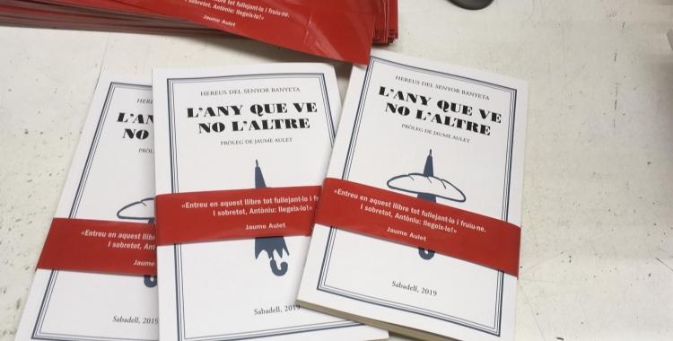 Exemplars del llibre que es posarà a la venda aquest divendres | Còmics Sabadell