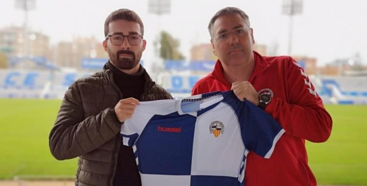 Mosquera amb el coordinador de l'equip, Toni Cáceres | Cedida