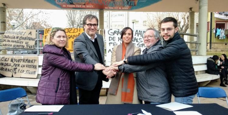 Les tres parts firmant al barri dels Merinals | Helena Molist