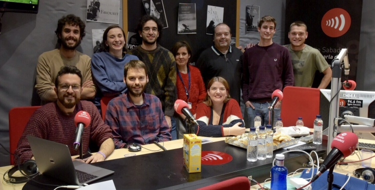 Foto de família de l'equip que va fer possible la transmissió dels Oscars el 2019 | Ràdio Sabadell