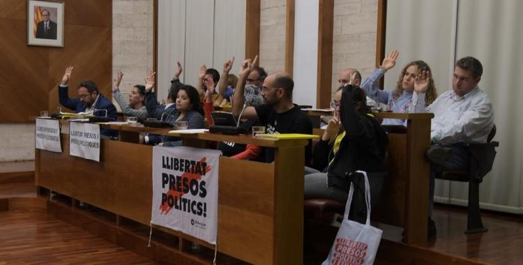Els regidors d'Esquerra, la Crida i Ciutadans, al Ple/ Roger Benet
