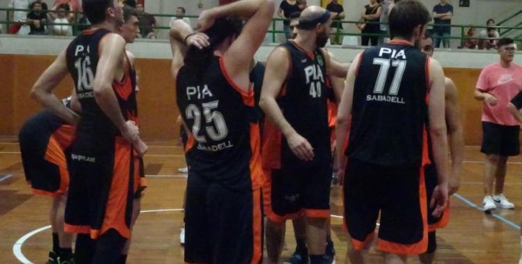 El Bàsquet Pia s'està mostrant irregular a la seva pista enguany | Sergi Park
