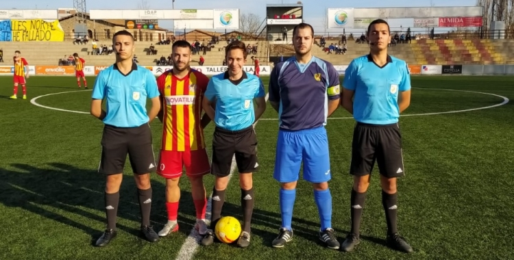 Fotografia de capitans abans de començar el partit   @SabadellNord