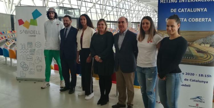 Foto de família en la presentació del Míting Internacional de Catalunya   Sergi Park
