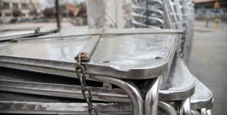 Imatge d'una terrassa tancada per l'estat d'alarma   Roger Benet