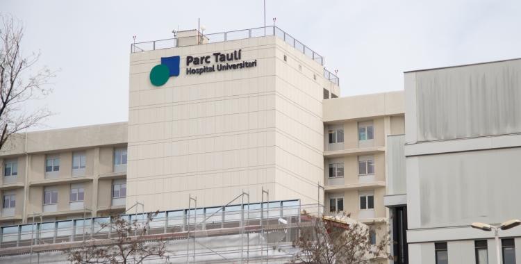 El Taulí restringeix les visites a persones ingressades a l'Hospital | Roger Benet