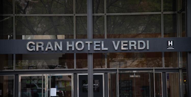 22 persones estan sent ateses a l'Hotel Verdi per coronavirus | Roger Benet