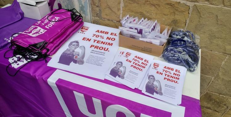 Material creat per la UGT per  la campanya 'Amb el 70% no en tenim  prou' | Pere Gallifa