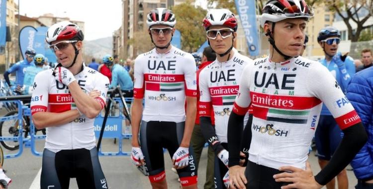 De la Cruz (dreta), amb el mallot de l'Emirates | BettiniPhoto - UAE Team Emirates