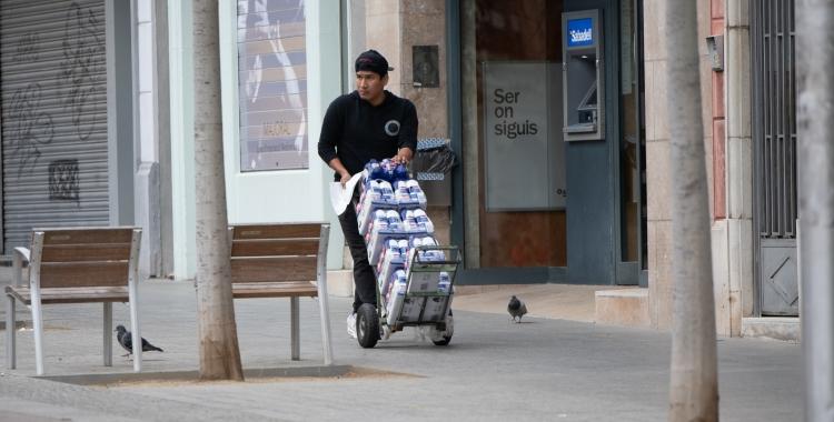 A Sabadell hi ha 14.441 persones a les llistes de l'atur, sense comptar els treballadors afectats per un ERTO | Roger Benet