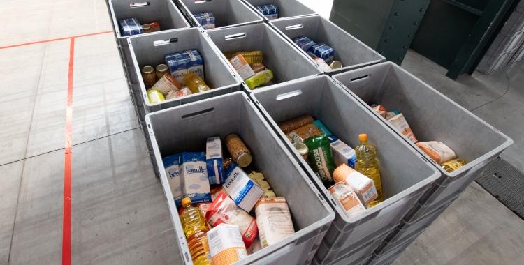 A partir de dilluns es torna a fer el repartiment de menjar a Fira Sabadell | Roger Benet
