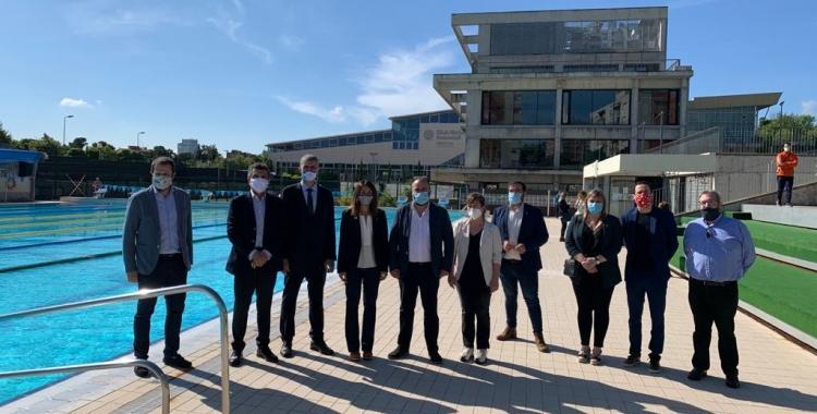 Fotografia institucional a la piscina exterior | CN Sabadell