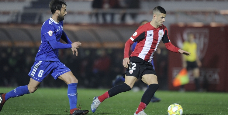 Guruzeta defensant la samarreta del Bilbao Athletic contra l'Arenas | Athletic Club