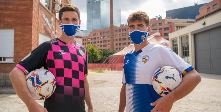 Dos dels nous reforços del Sabadell han estat presentats a L'Estruch en el marc de la campanya Impulsem Sabadell | Roger Benet