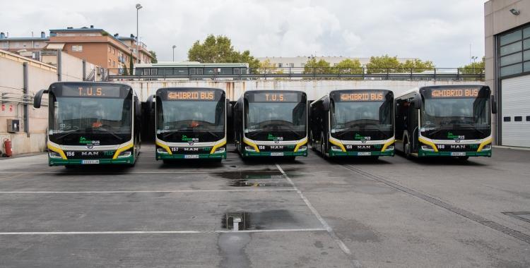 A partir d'avui ja circulen 5 nous busos híbrids de la TUS | Roger Benet