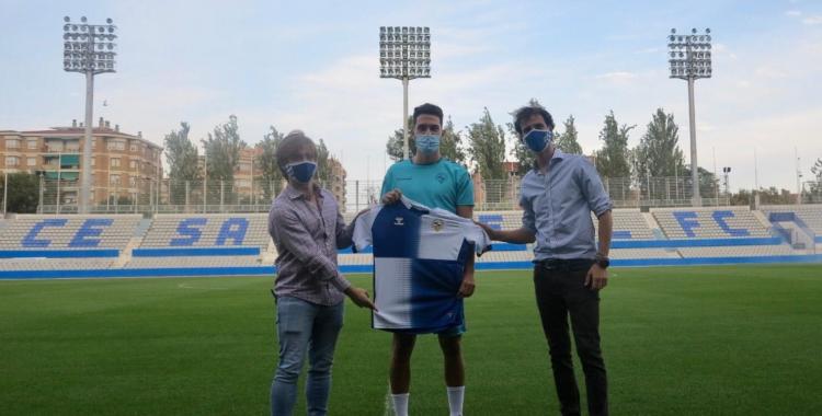 Juan Ibiza ja ha estat presentat acompanyat de Jose Manzanera i Bruno Batlle | CE Sabadell