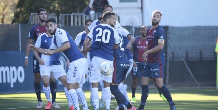 Acció a pilota aturada del partit d'avui a Pirámide   SD Huesca