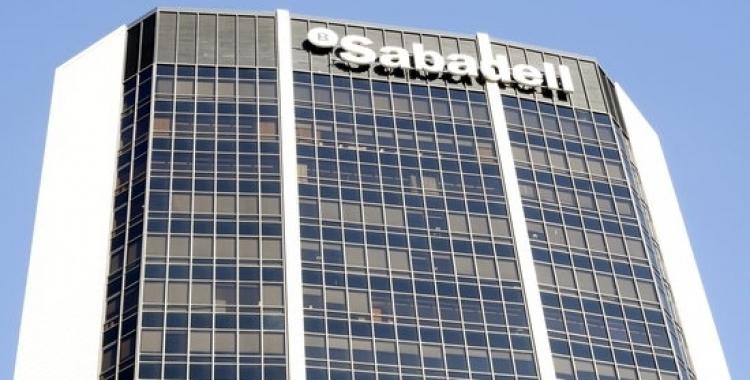 Banc Sabadell es pot veure afectat per la fusió entre Bankia i CaixaBank | Arxiu