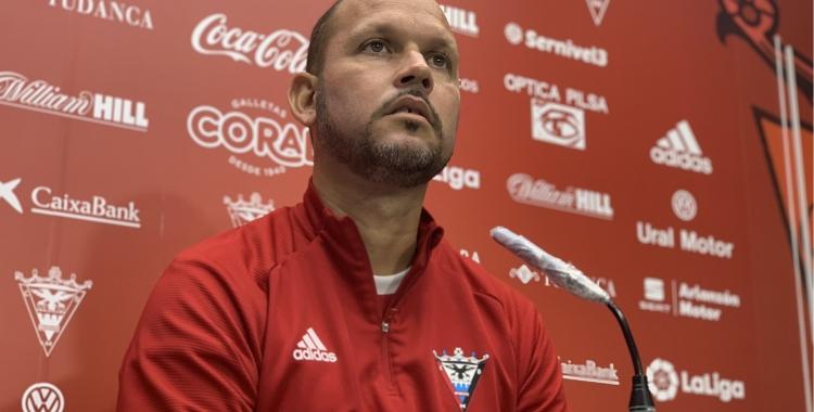 José Alberto López avui en roda de premsa | CD Mirandés
