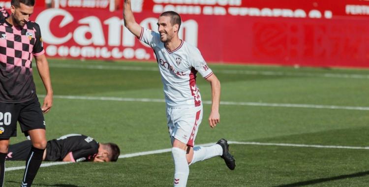 Arroyo celebra el primer gol del partit | Albacete Balompié