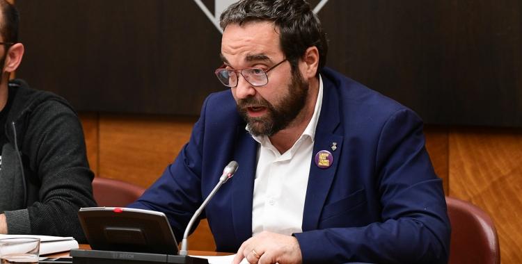 Juli Fernàndez durant una intervenció al Ple | Roger Benet