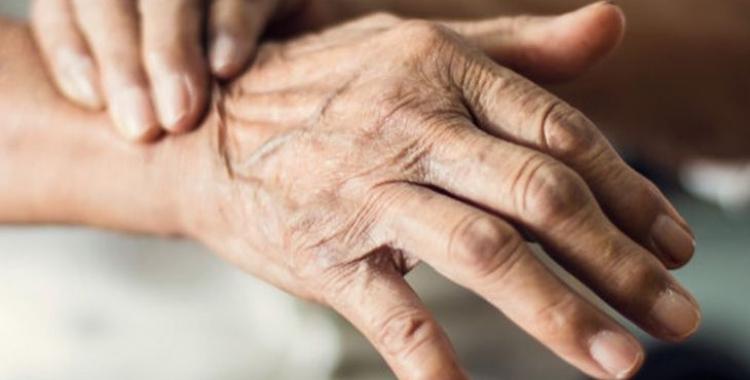 Un estudi de la UAB avala que el pasdoble millora la vida dels malalts de Parkinson