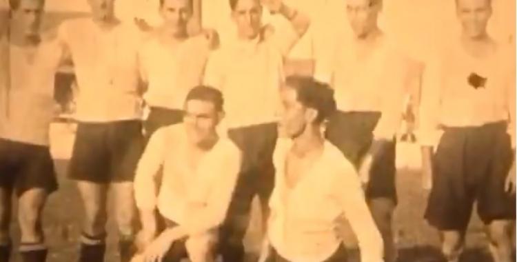 Andrés Jaso, tercer de la filera de dalt començant per l'esquerra   AHS